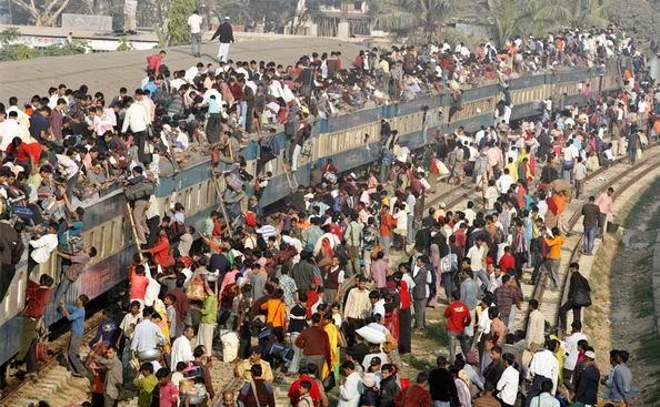 印度铁路线路密如蛛网极其发达,网上售票系统也非常现代而人性