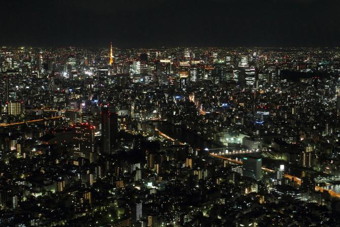从晴空塔眺望东京塔